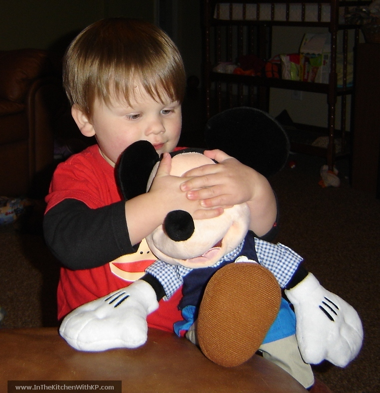 Wordless Wednesday Mickey Mouse: In The Kitchen With KP